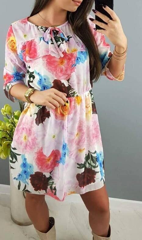 960873fd10b6 Letné farebné šaty s kvetmi