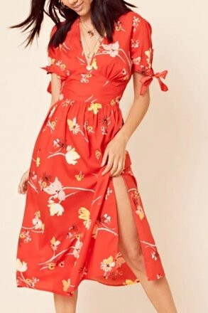 96b2c3c96d0f Červené kvetované midi šaty 205-6456