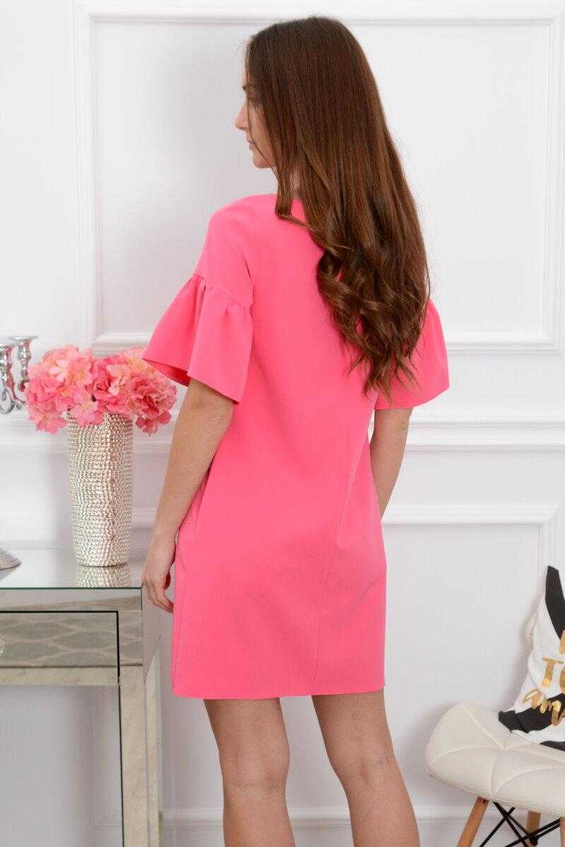 3d6c00bb0b3a Fuchsiové šaty s volánmi na rukávoch Elia CO-37386. Next
