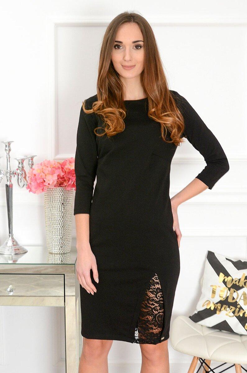 Čierne šaty s krajkovým detailom 4b7802e18ad