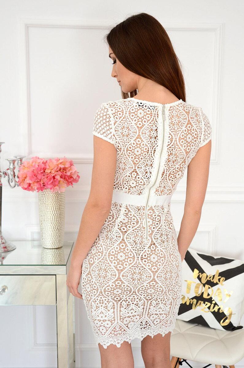 2a98a176a5d0 Previous. Luxusné krajkované šaty Astrid