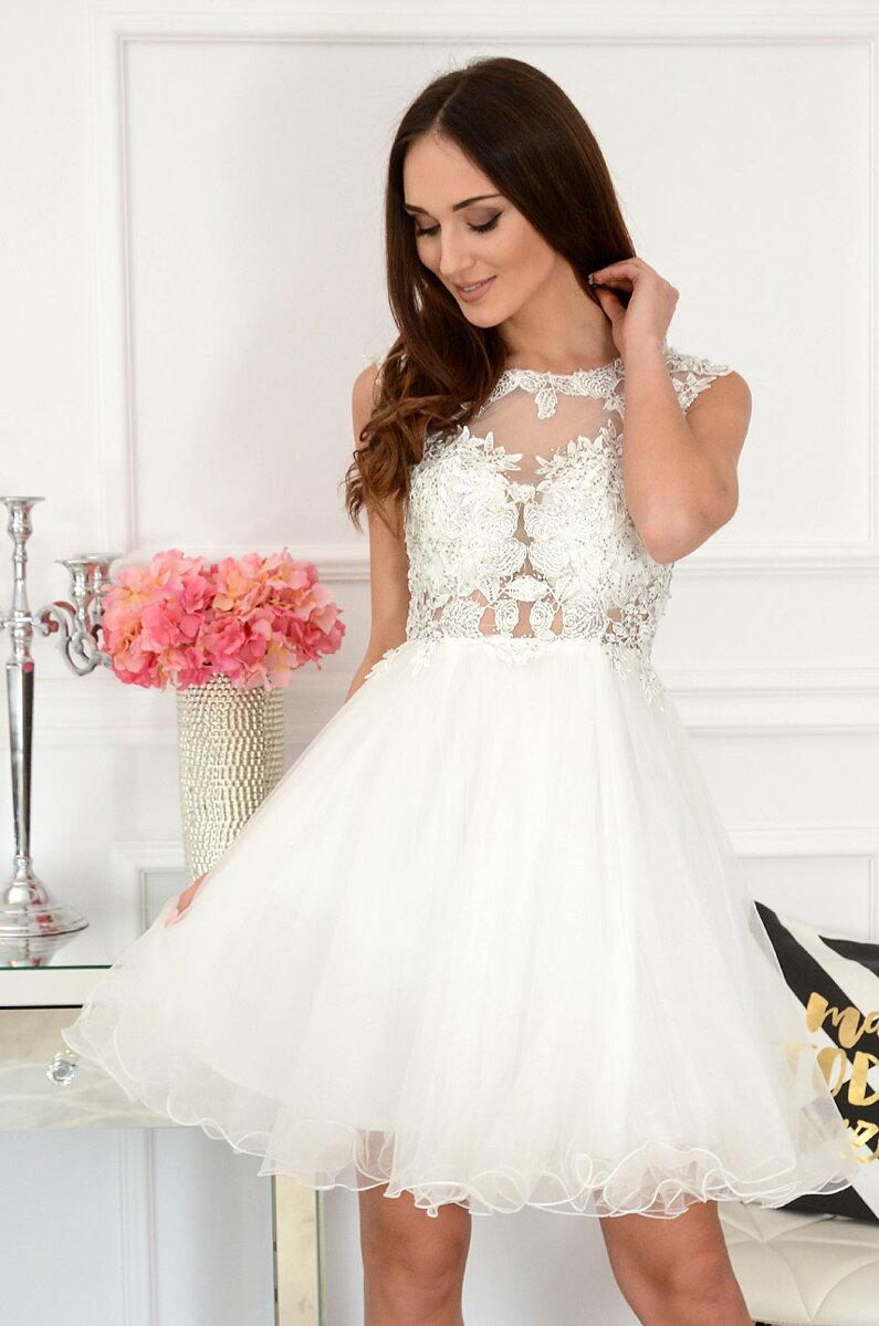 8f2e071b64ca Biele spoločenské šaty s tylovou sukňou Patrizia