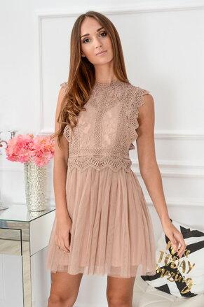 5ccf99e77944 Krajkované šaty Passion CO-39522 telovo-ružové