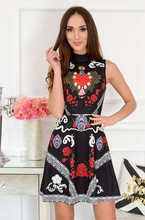 4b640acb891c Čierne vzorované šaty Tola